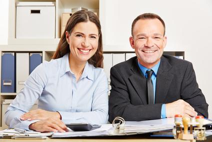 Fremdsprachenkorrespondenten bei der Arbeit