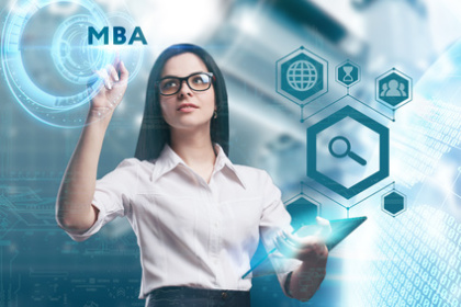 MBA-Fernstudentin